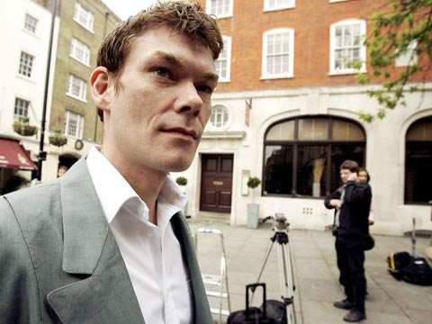 Gary McKinnon will not be extradited to US, Theresa May announces